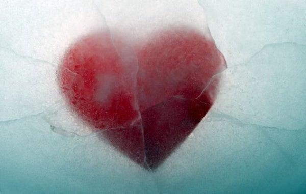 Aşkımız Neden Tükenir?