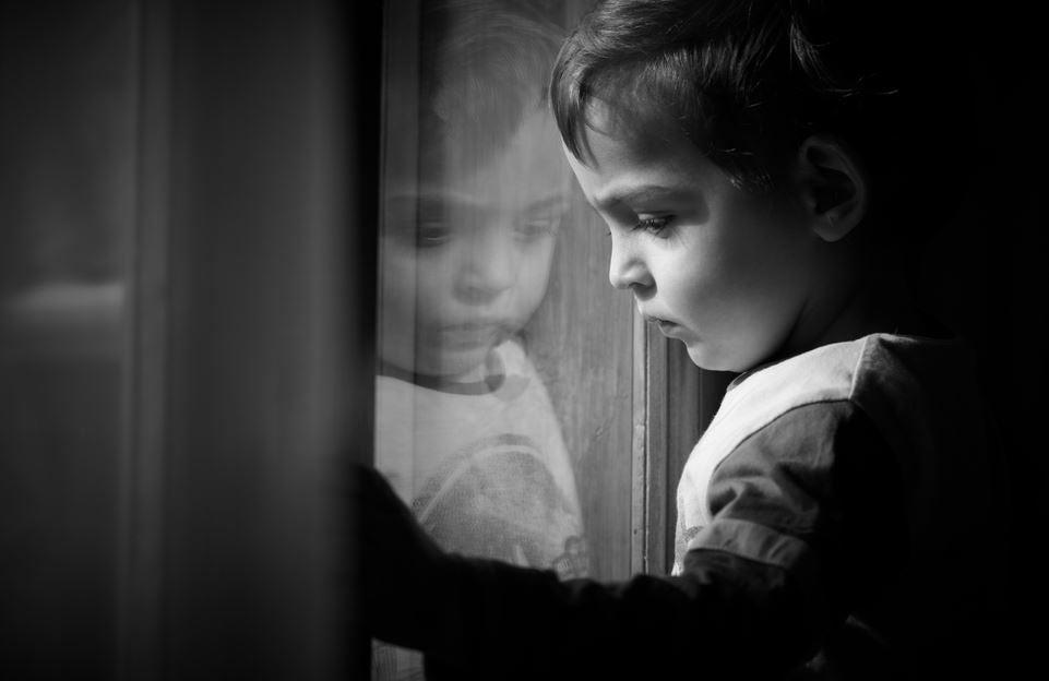 Çocukluğun Bıraktığı Duygusal İzlerin Üstesinden Gelmek