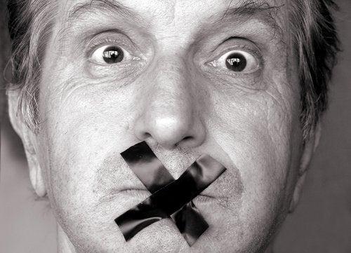 Susmanın Konuşmaktan Daha İyi Olduğu 7 Durum