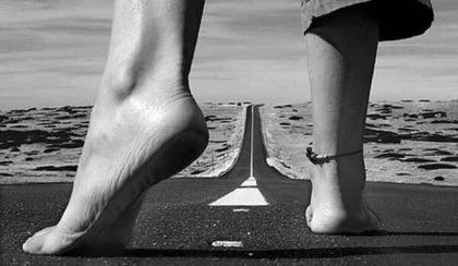 Ayaklar-yol-yürümek