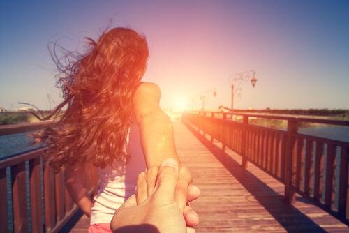 Bir İlişkiye Gerçek Bir Sohbetle Başlayın