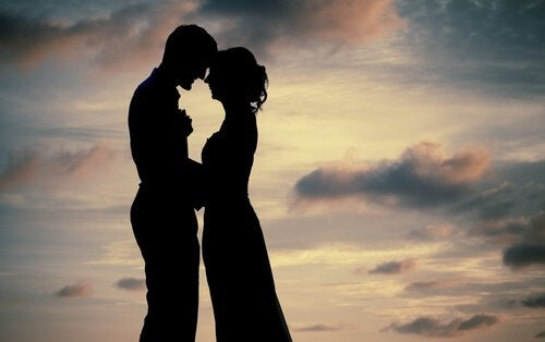 Aşık Olmayı Öğrenmek İçin Sevmeyi Bırakın