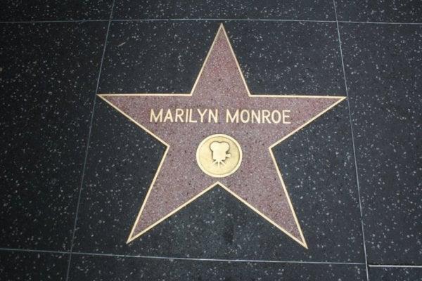 Marilyn Monroe: Kırık Bir Bebeğin Psikolojik Portresi