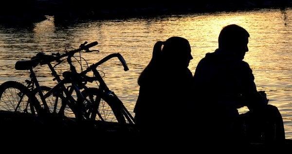 Eski Sevgiliyle Arkadaş Kalmak İyi Midir?