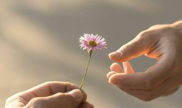 Aşk Söz Konusu Olduğunda Gereken 5 Olgunluk Göstergesi
