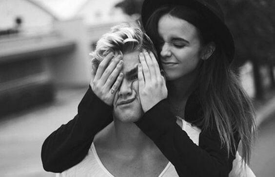 Bir Erkek ve Kadın Arkadaş Olabilir Mi?