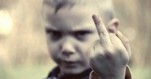 Çocuğunuzu Şımartmanın 10 Emri