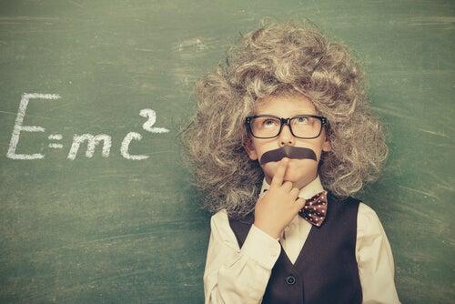 """Einstein""""a Göre Bir Problemin Çözümü"""
