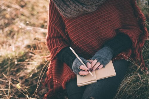 günlük yazan kadın