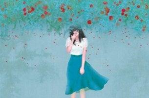 mavi elbiseli kız
