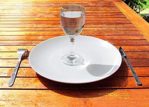 yemekte su var
