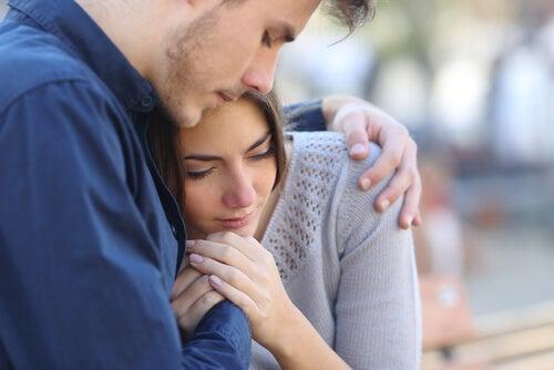 sarılmak paylaşmaktır