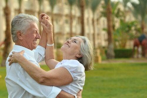 Yaşlı Olmak Mazeret Değil