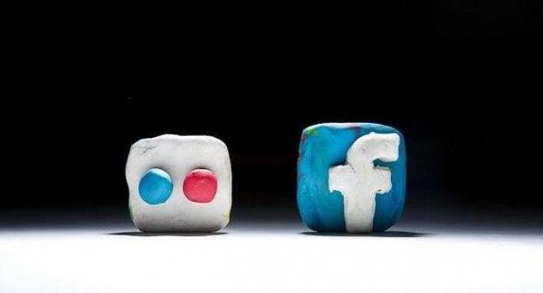 sosyal medya ikonları