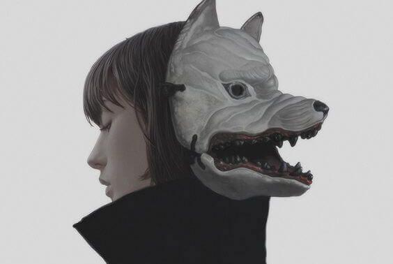kurt maskeli kız
