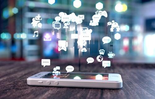 Sosyal Ağlarda Daha İyi İletişim Kurmak İçin Hanlon Prensibini Kullanın