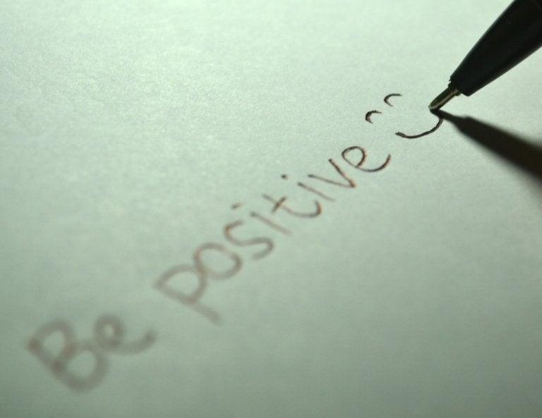 pozitif gülücük yazmak