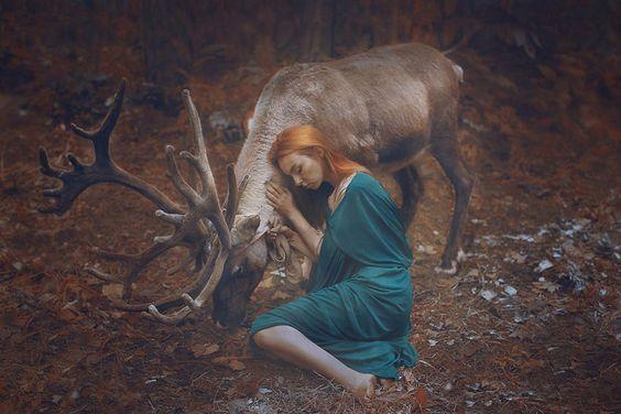 kadın ve geyik