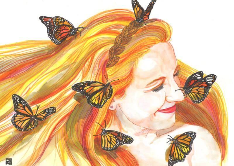 sarı saçlı kadının üstünde kelebekler var