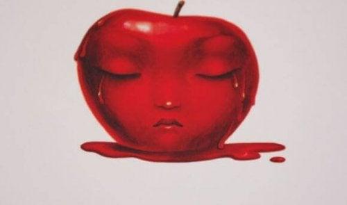 ağlayan elma