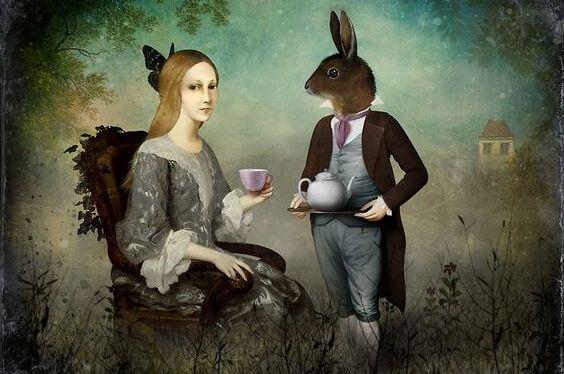 tavşan ve kadın çay içiyor
