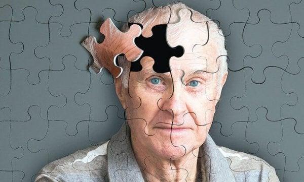 5 Uyarıcı Alzheimer Belirtisi