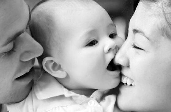 mutlu bebek