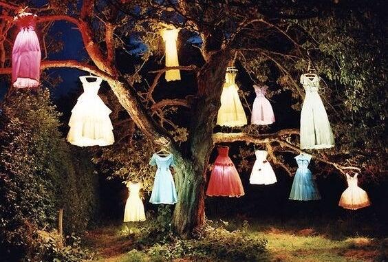 ışıklı elbiseler