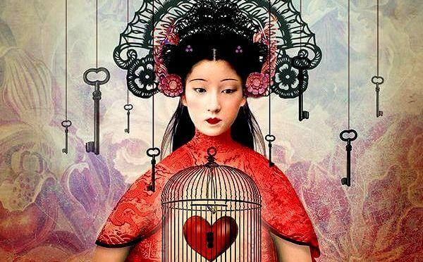 kalbi kilitli kadın