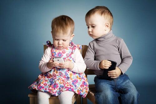 Çocuklara Telefon Vermemek İçin 3 İyi Neden