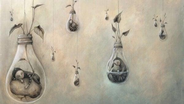 ampul vazolarda yatan minik insanlar