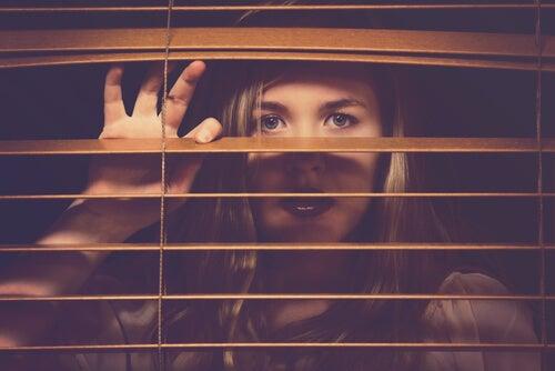 Öğrenilmiş Çaresizlik: Umutsuz, Derin Bir Çukur