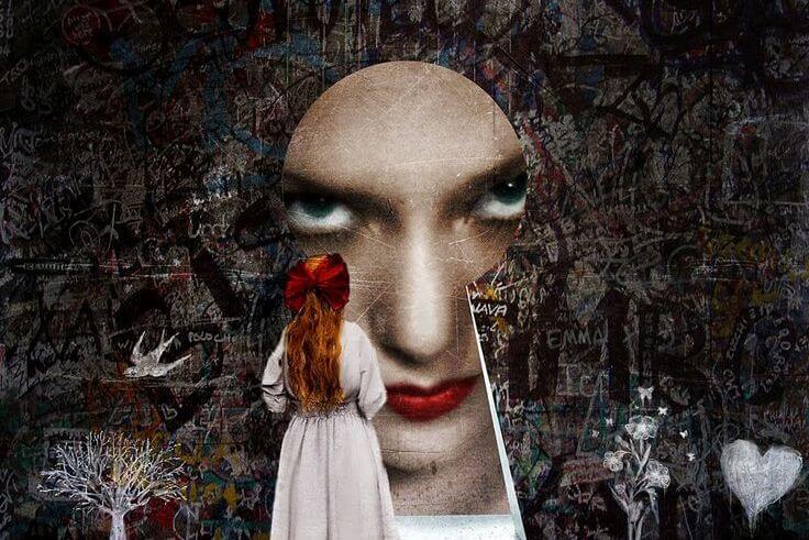 kapı deliğinden küçük kıza bakan kadın