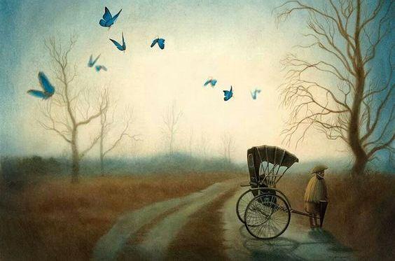 ıssız yolda araba çeken kadın ve kelebekler