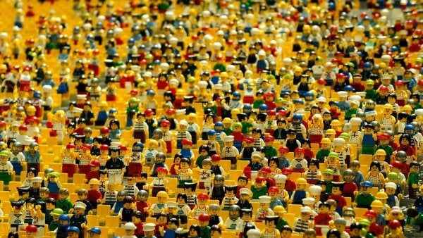 bir sürü lego adam