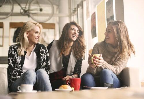 Kendinizi İfade Etmeyi Öğrenerek Daha İyi İlişkiler Kurun