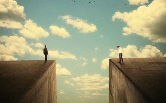 uçurumun iki kenarında