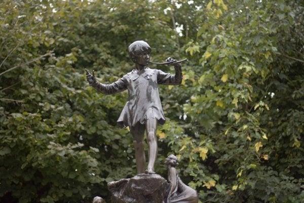 Peter Pan Sendromu: Hiç Büyümeyen İnsanlar