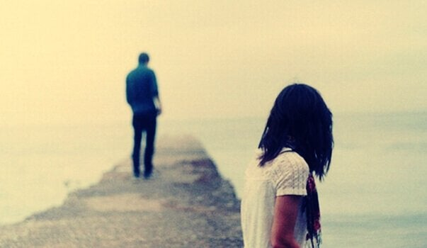adam ve kadın ayrılık aşamasında