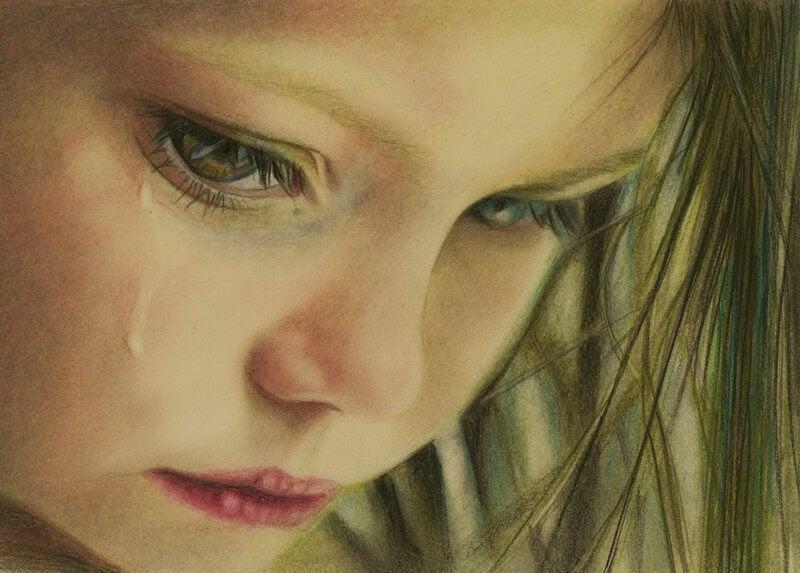 ağlayan küçük kız