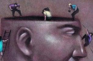 insanin-kafasinin-icini-inceleyen-insanlar