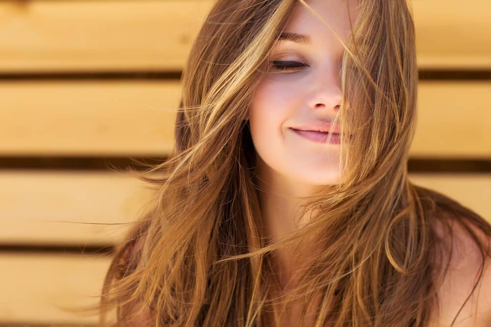 mutlu kadın