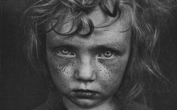 Çocukluk Travmalarıyla İlişkili Beş Özellik