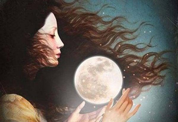 kadın ve ay