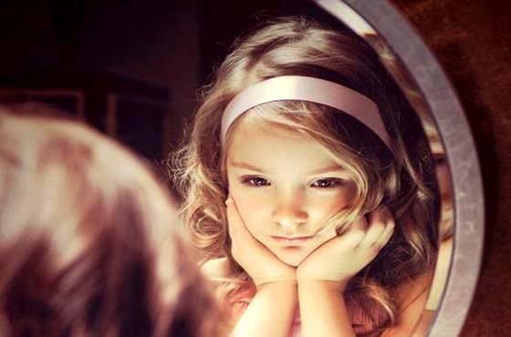 Küçük Yetişkinler: Çocuklar Yetişkinlerin Göz Ardı Ettiği Şeyleri Fark Ederler