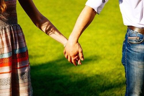 Partneriniz İle Nasıl Doğru Bir Şekilde Tartışabilirsiniz?
