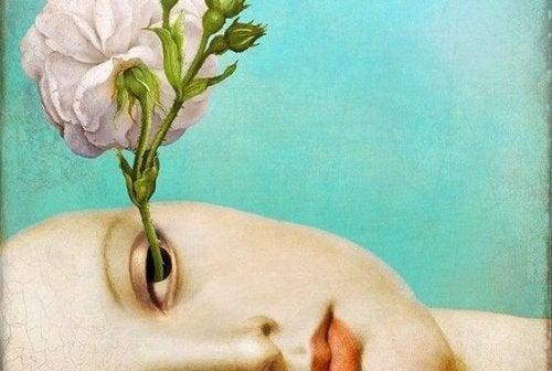 gözden büyüyen çiçek
