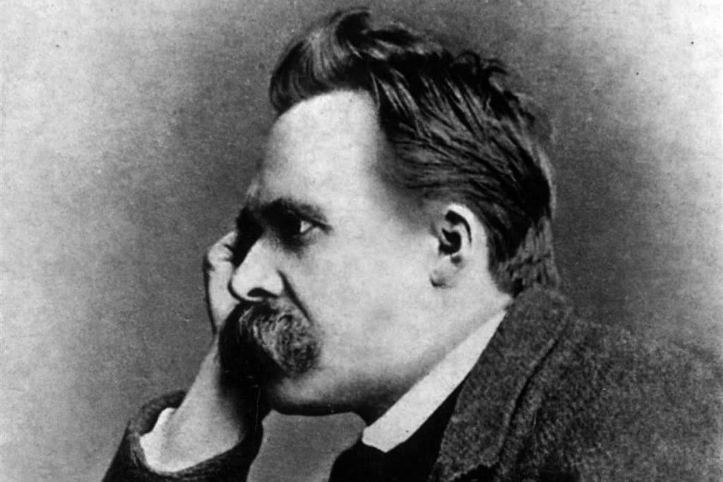 yandan görünen Nietzsche resmi