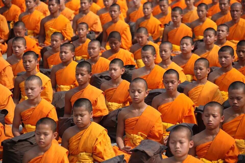 budist çocuklar