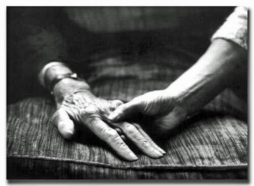 Büyükanne ve Büyükbabalarımızın Sevgiye ve Sabra İhtiyacı Var